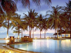 Чем привлекает туристов путешествие в Таиланд?